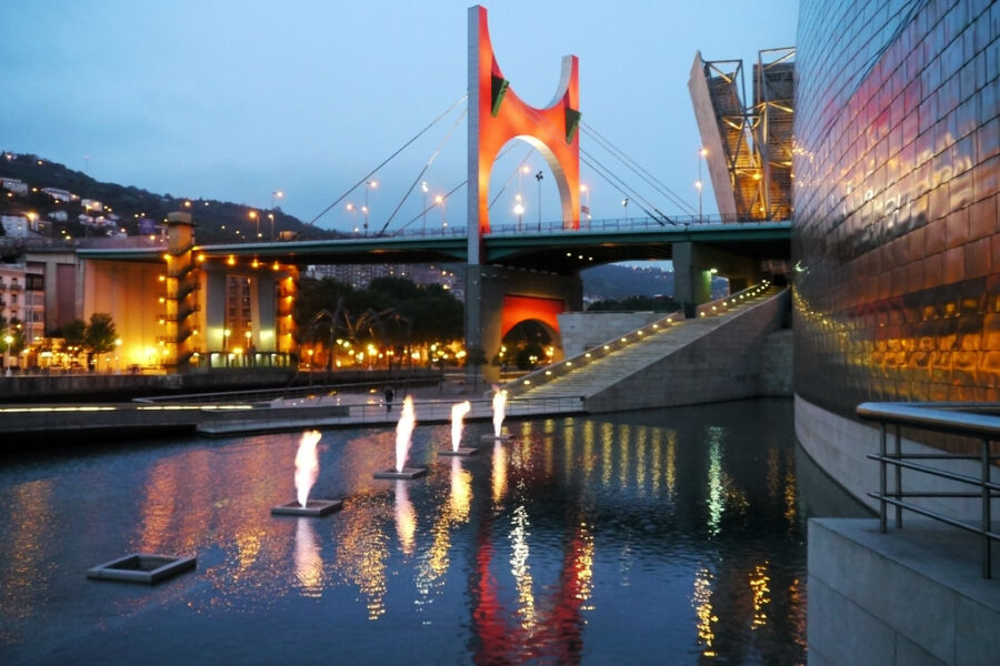 Puente de La Salve en Bilbao